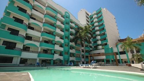 . Hotel Playa Marina