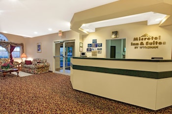 Lobby at Microtel Inn And Suites by Wyndham Mesquite/Dallas At Highwa in Mesquite
