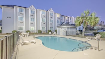 格爾夫肖爾斯溫德姆麥克羅套房飯店 Microtel Inn & Suites by Wyndham Gulf Shores