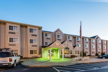 Microtel Inn & Suites by Wyndham Hillsborough photo