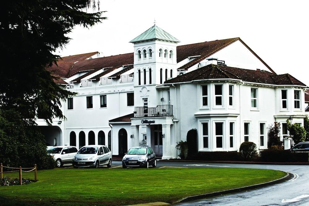 콥톤 호텔 에핑햄 개트윅(Copthorne Hotel Effingham Gatwick) Hotel Image 16 - Exterior