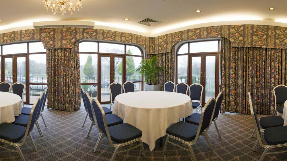 콥톤 호텔 에핑햄 개트윅(Copthorne Hotel Effingham Gatwick) Hotel Image 19 - Banquet Hall
