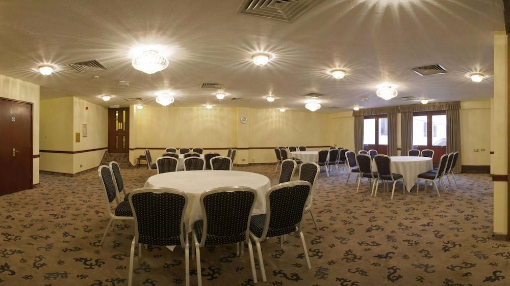 콥톤 호텔 에핑햄 개트윅(Copthorne Hotel Effingham Gatwick) Hotel Image 18 - Banquet Hall