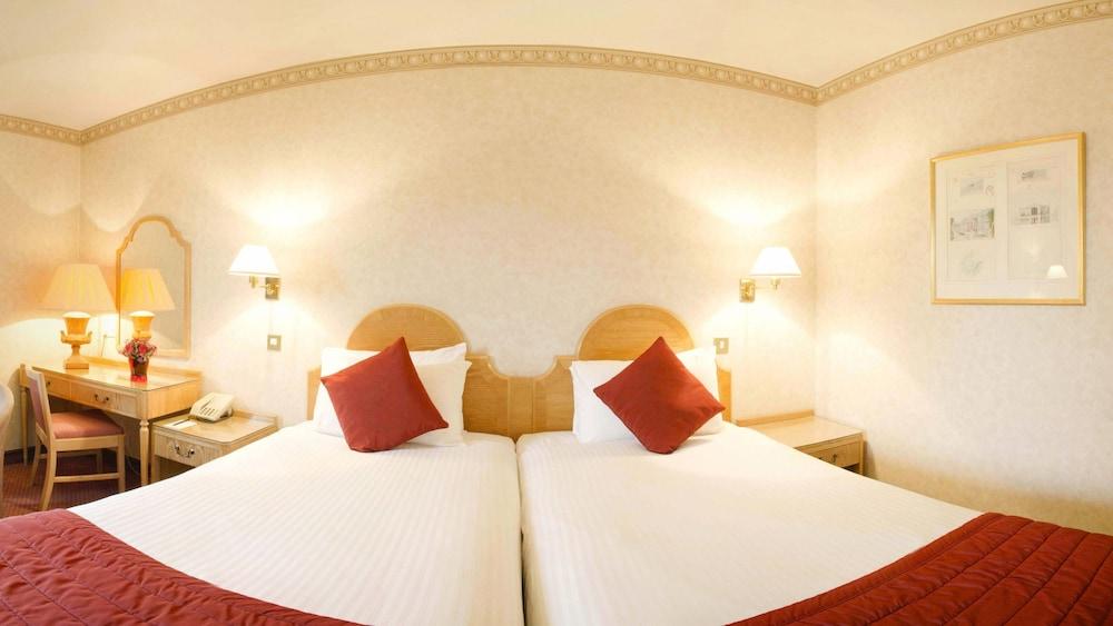 콥톤 호텔 에핑햄 개트윅(Copthorne Hotel Effingham Gatwick) Hotel Image 8 - Guestroom