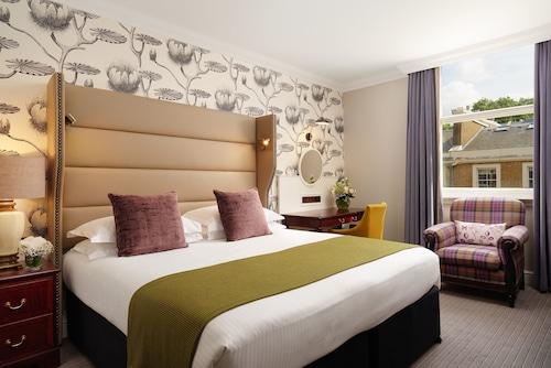 __{offers.Best_flights}__ The Bailey's Hotel London