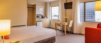 Travelodge Hotel Wellington - Featured Image