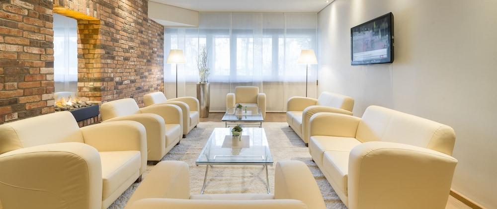 베스트 웨스턴 호텔 트리어 시티(Best Western Hotel Trier City) Hotel Image 3 - Lobby Sitting Area
