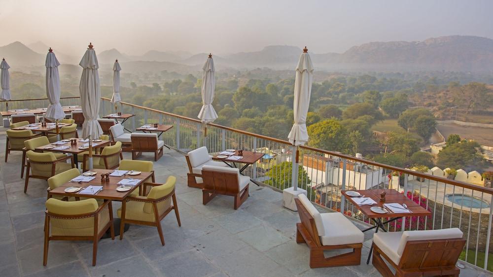 라스 데비가르(RAAS Devigarh) Hotel Image 38 - Restaurant