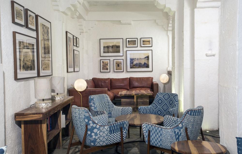 라스 데비가르(RAAS Devigarh) Hotel Image 60 - Hotel Bar