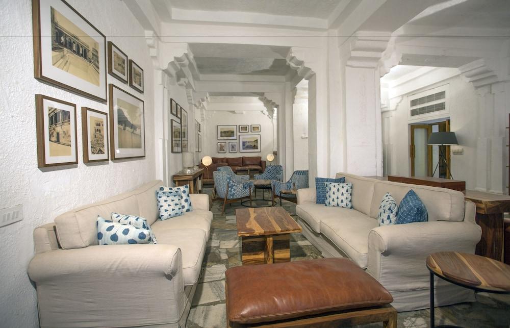 라스 데비가르(RAAS Devigarh) Hotel Image 61 - Hotel Bar