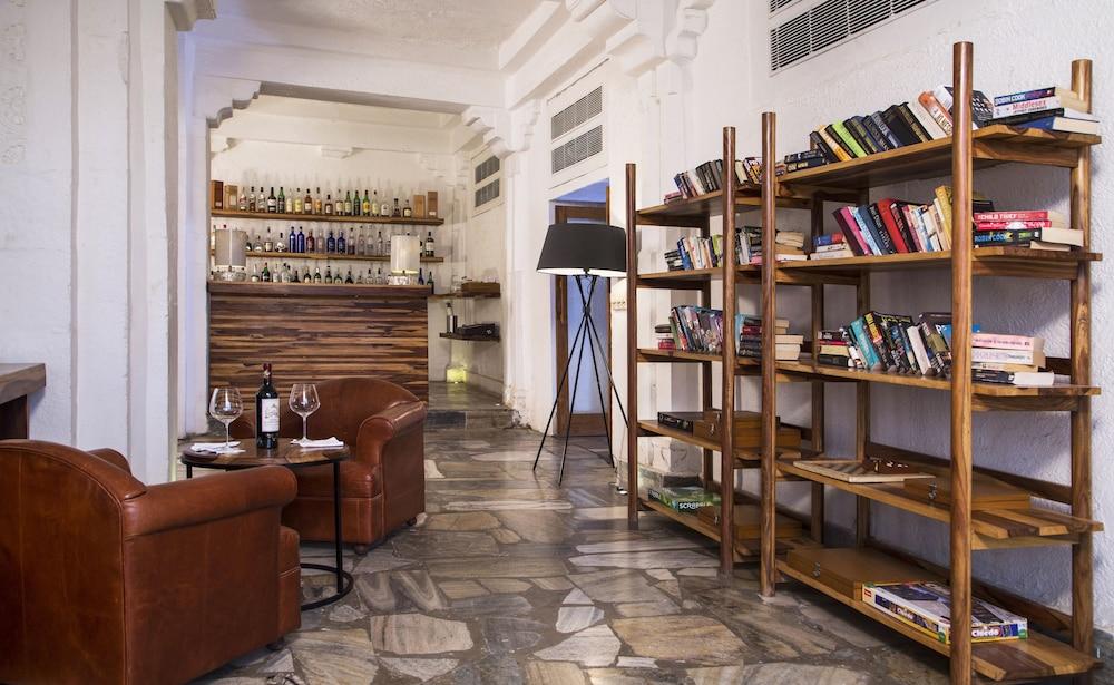 라스 데비가르(RAAS Devigarh) Hotel Image 63 - Hotel Bar