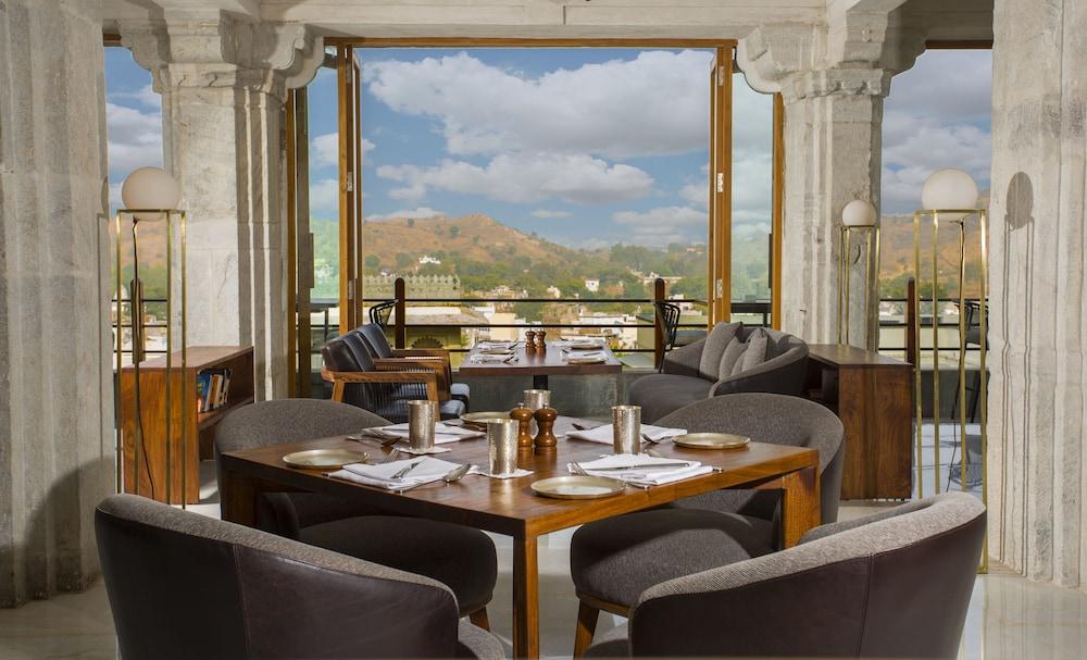 라스 데비가르(RAAS Devigarh) Hotel Image 51 - Restaurant