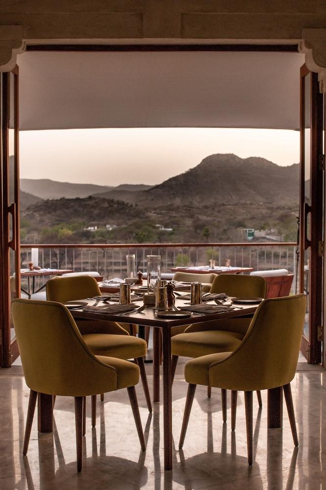 라스 데비가르(RAAS Devigarh) Hotel Image 47 - Restaurant