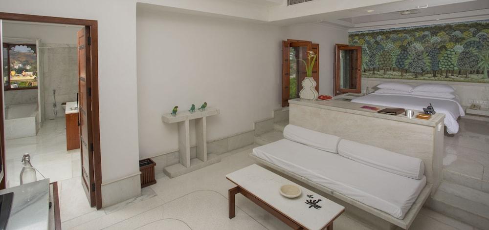 라스 데비가르(RAAS Devigarh) Hotel Image 14 - Guestroom