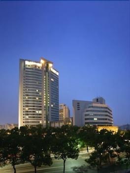 ニンボ ナンユアン ホテル (寧波南苑飯店)