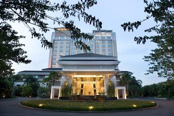 ホテル サンティカ プルミエール スリピ ジャカルタ