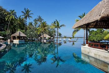 Hotel - The Oberoi Beach Resort, Lombok