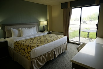 Superior Suite, 1 King Bed, Non Smoking (One Bedroom)