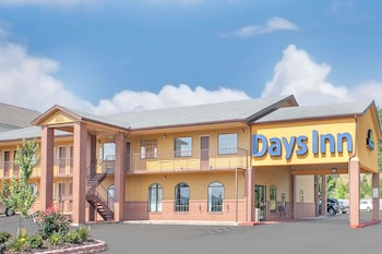 Days Inn by Wyndham Fayetteville photo