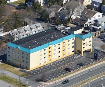 Hotel - Quality Inn & Suites Rehoboth Beach - Dewey