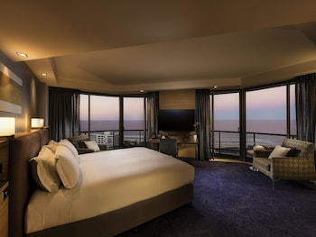 Guestroom at Sofitel Gold Coast Broadbeach in Broadbeach