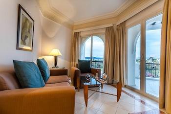 ホテル マリーナ スミール ホテル & スパ