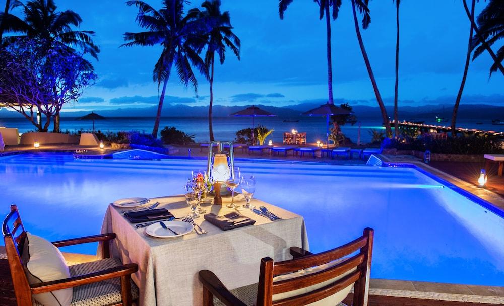 https://i.travelapi.com/hotels/1000000/530000/525500/525486/4288394d_z.jpg