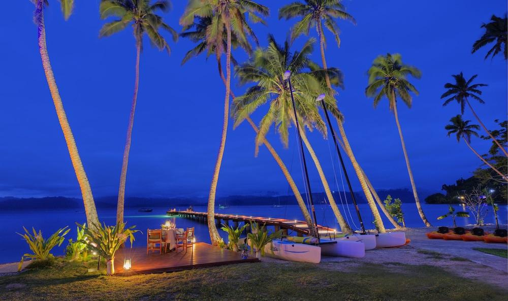 https://i.travelapi.com/hotels/1000000/530000/525500/525486/eb46d099_z.jpg