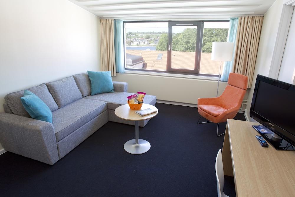 콤웰 쇤더보르그(Comwell Sønderborg) Hotel Image 7 - Living Area