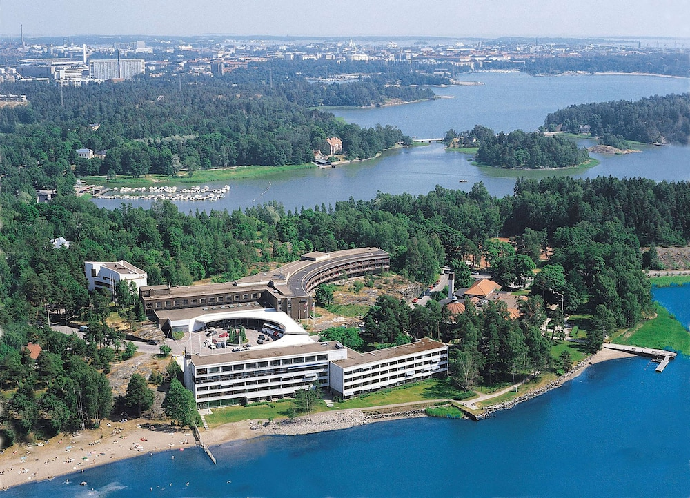 Hilton Helsinki Kalastajatorppa, Featured Image