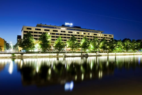 . Radisson Blu Marina Palace Hotel, Turku
