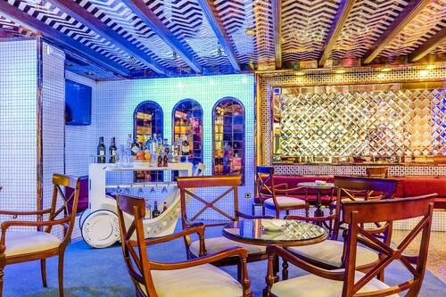 __{offers.Best_flights}__ Exe Sevilla Macarena