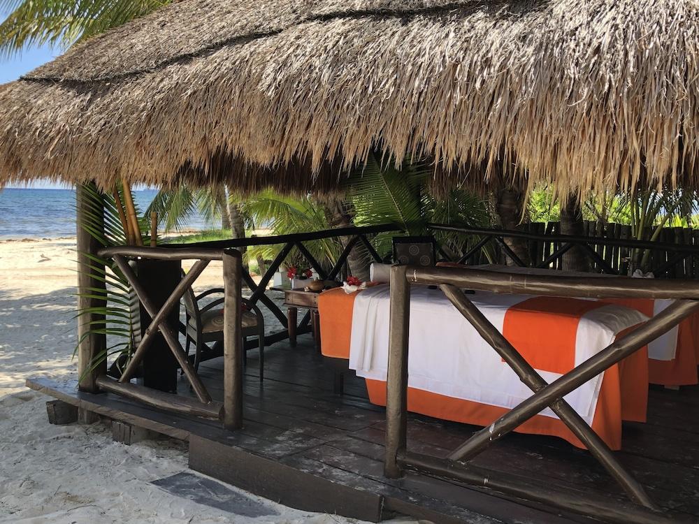 https://i.travelapi.com/hotels/1000000/530000/525800/525790/64a5eb67_z.jpg