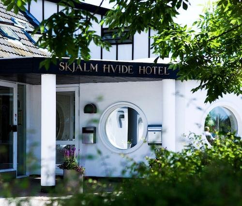 . Skjalm Hvide Hotel