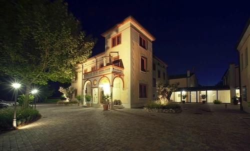 __{offers.Best_flights}__ Hotel Villa dei Tigli 920 Liberty Resort