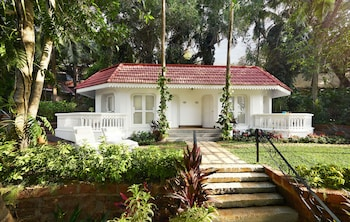 Cottage, 1 King Bed, Garden View (Aguada)