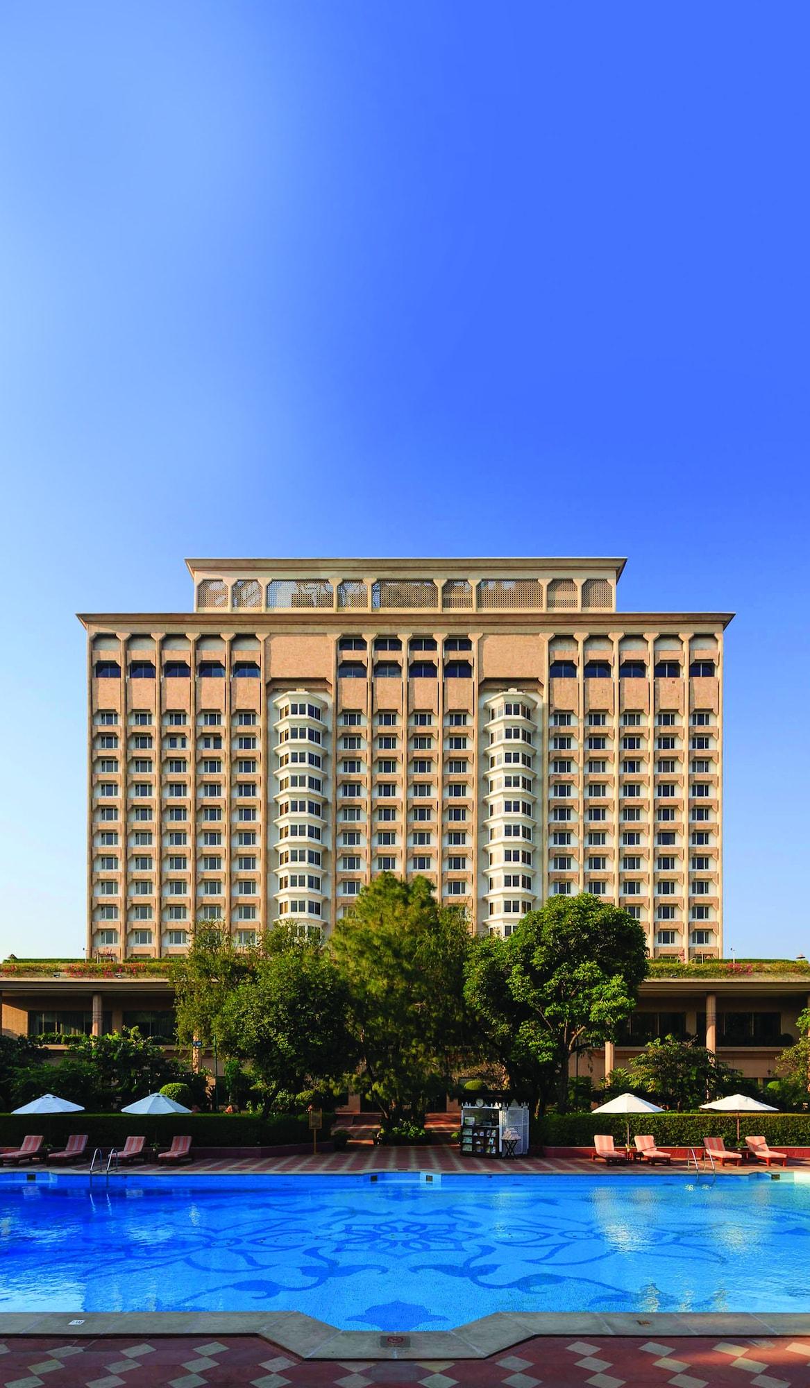 The Taj Mahal Hotel, West