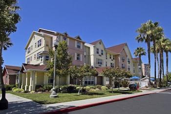 紐華克矽谷萬豪唐普雷斯套房飯店 TownePlace Suites by Marriott Newark Silicon Valley