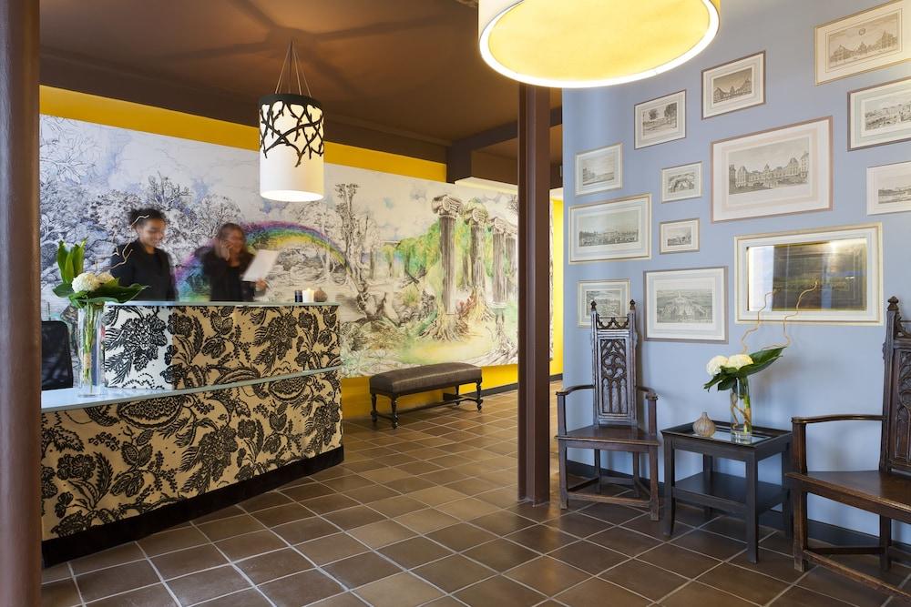 레 퐁텐느 두 뤽상부르(Les Fontaines du Luxembourg) Hotel Image 1 - Lobby Sitting Area