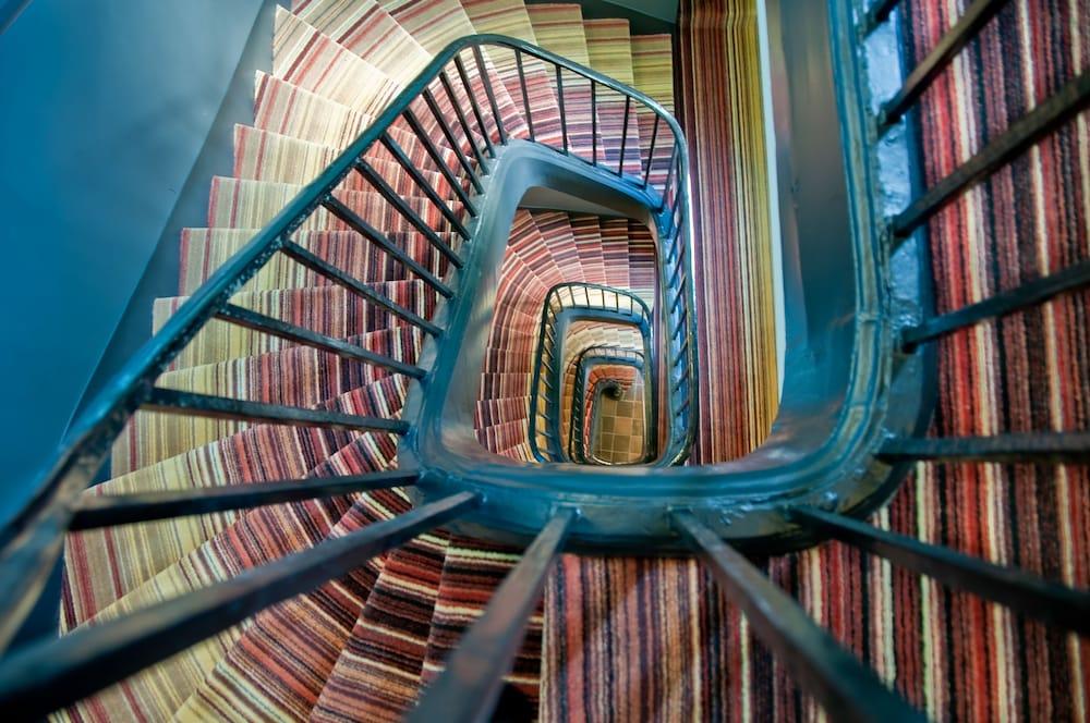 레 퐁텐느 두 뤽상부르(Les Fontaines du Luxembourg) Hotel Image 22 - Staircase