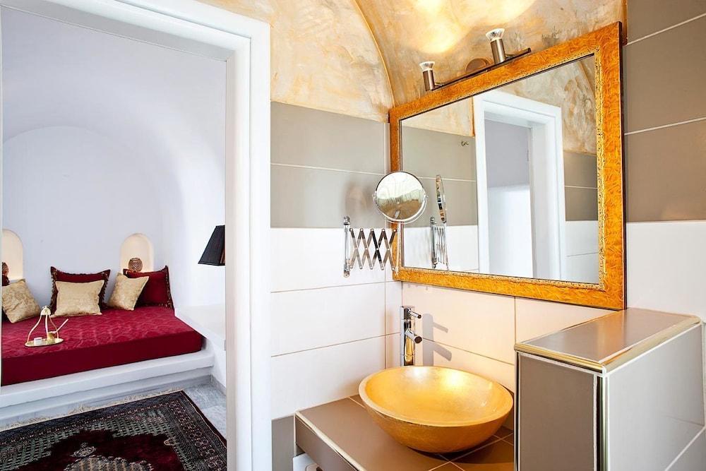 아스테라스 빌라(Asteras Villas) Hotel Image 28 - Bathroom Sink