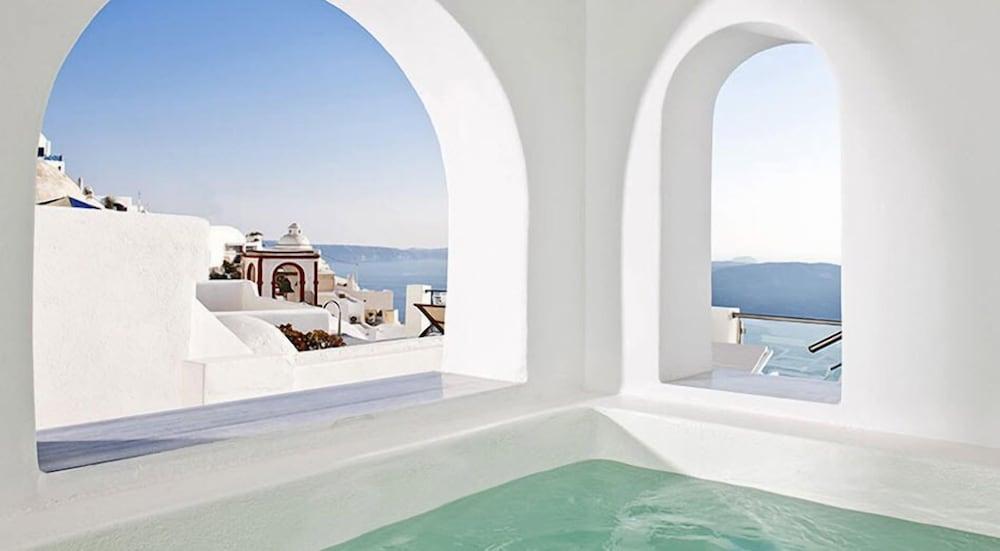 아스테라스 빌라(Asteras Villas) Hotel Image 31 - Indoor Spa Tub
