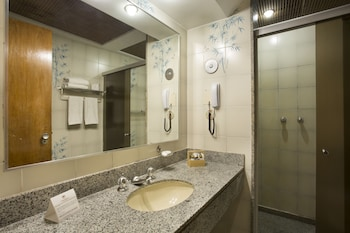 Hotel Atlantico Copacabana - Bathroom  - #0
