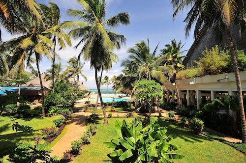 Reef Hotel, Nyali