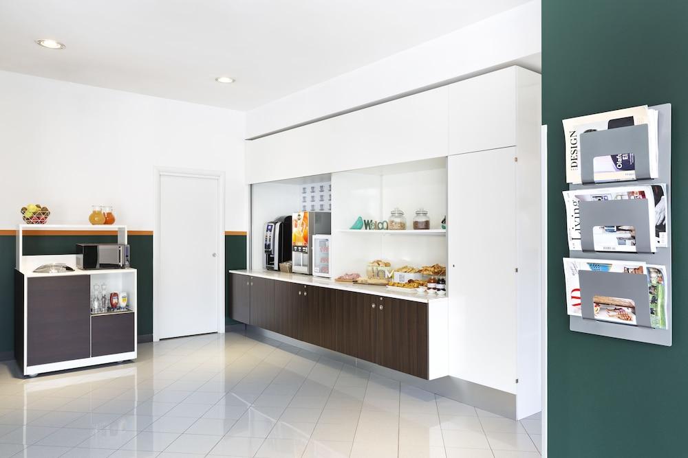 B&B 호텔 파엔자(B&B Hotel Faenza) Hotel Image 20 - Breakfast Area
