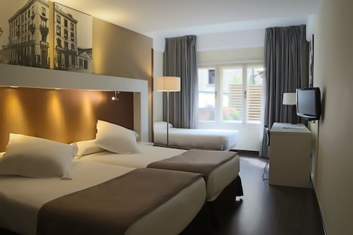 __{offers.Best_flights}__ Gran Hotel España