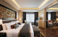 Executive Suite, 1 King Bed (Club)