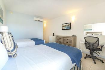 Oda, Havuz Manzaralı (2 Double Beds)