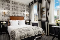 Classic Room, 1 Double Bed, View (Royal Mews View)