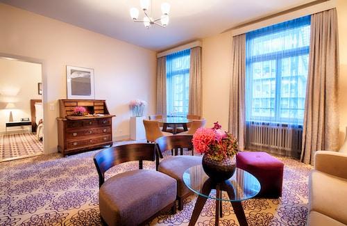 . ALDEN Suite Hotel Splügenschloss Zurich